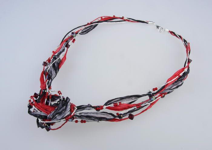 Ketting Zwart - Rood -Zilver